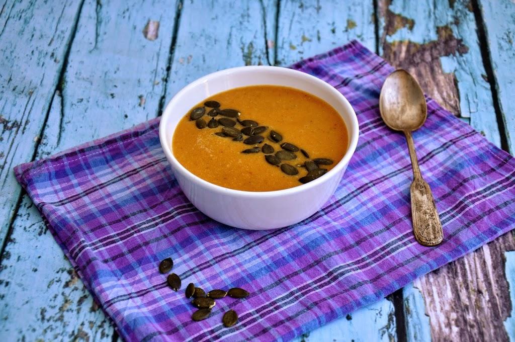 Mocno rozgrzewająca zupa z czerwonej soczewicy
