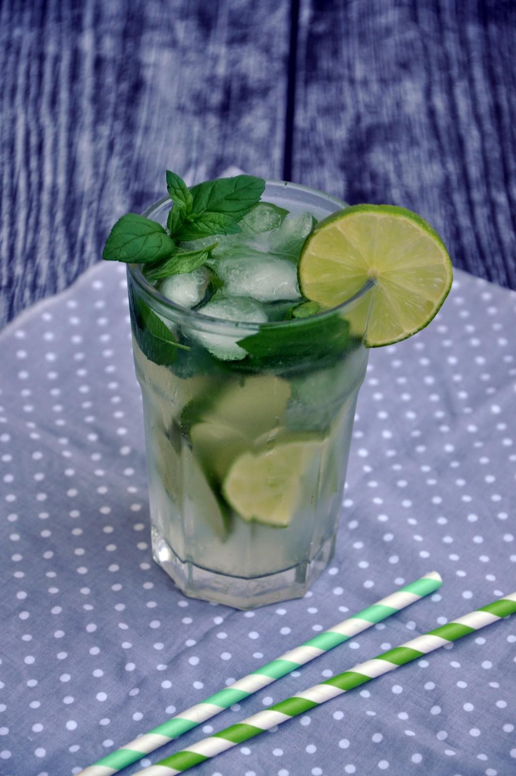 6 przepisów na orzeźwiające napoje na lato
