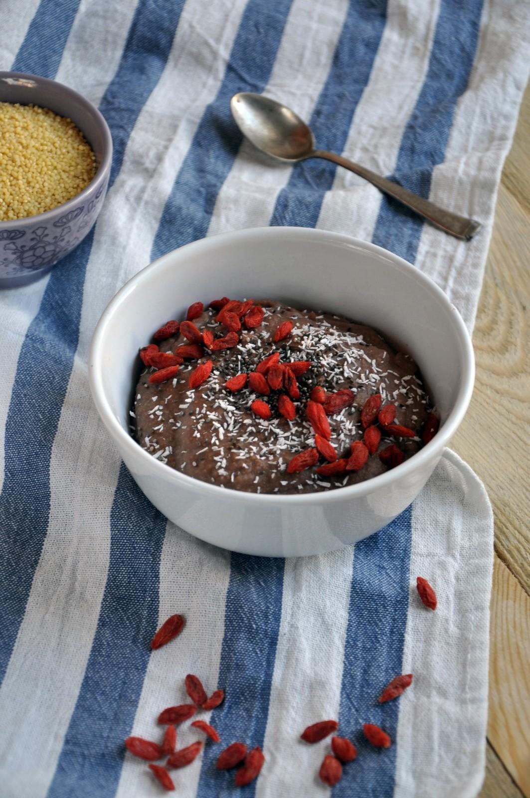 Jaglanka czekoladowa z kokosową nutą