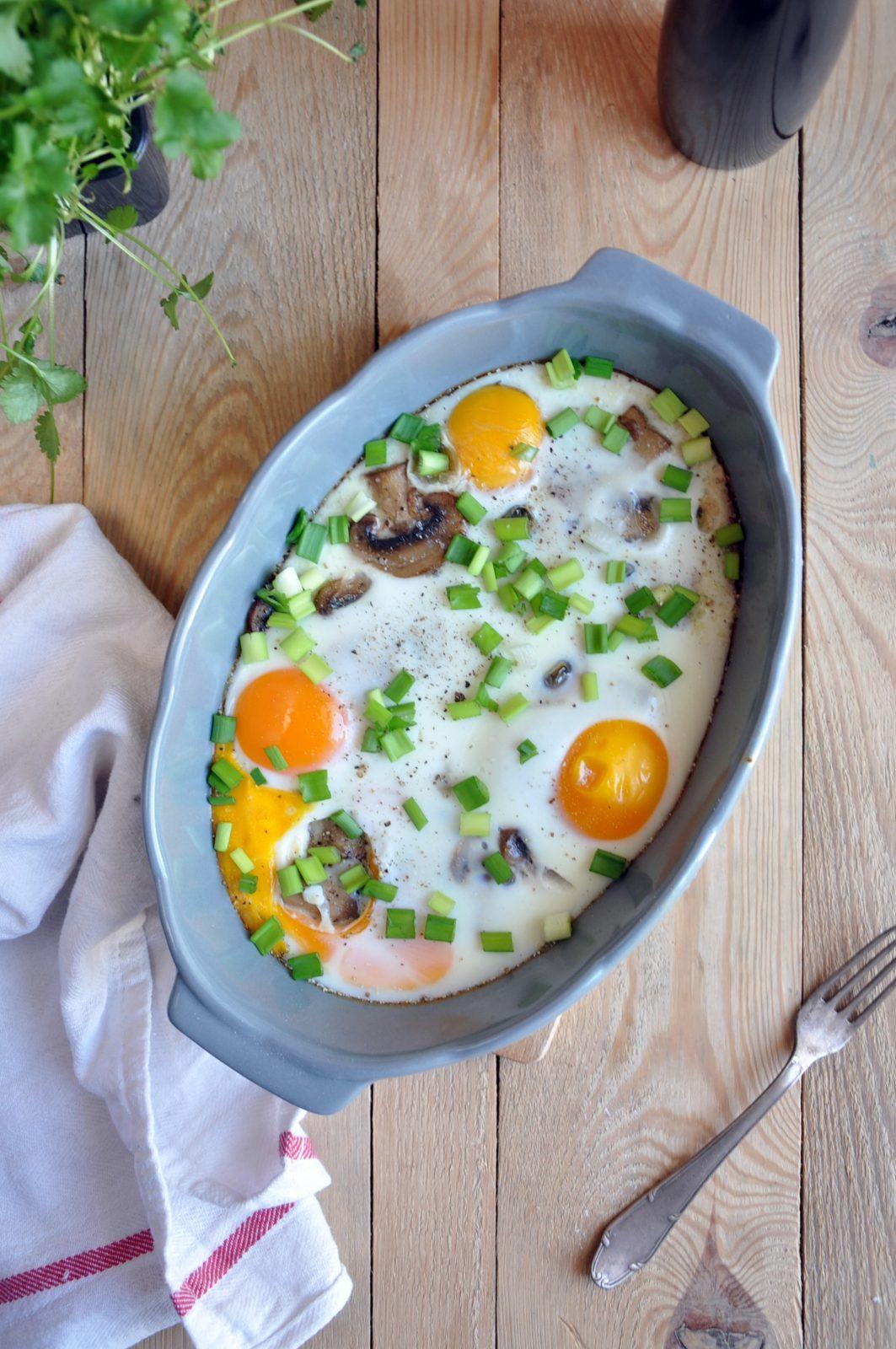 Pieczarki pieczone z jajkiem